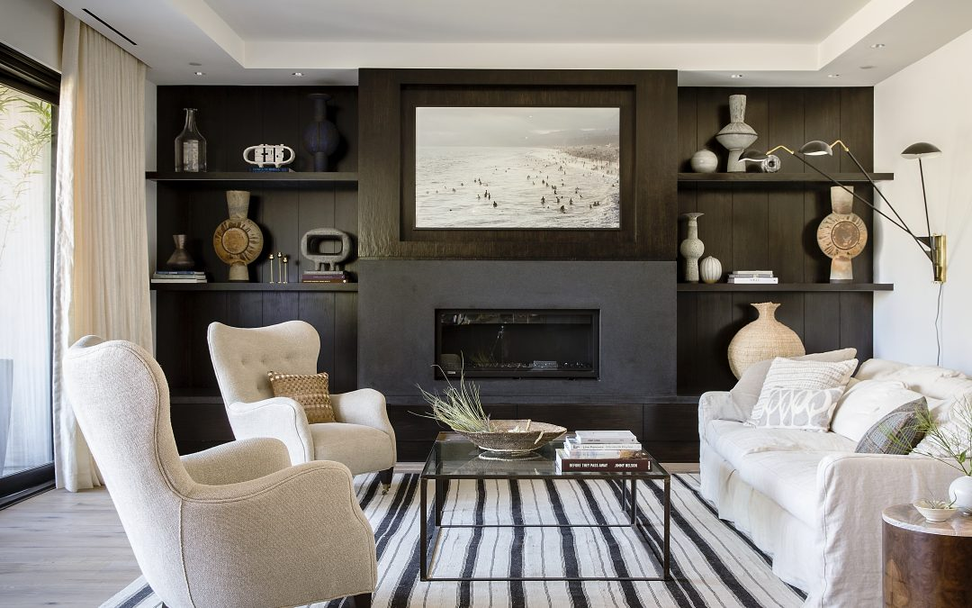Dark Statement Walls Are Having A Comeback, Here's How To Pull It Off